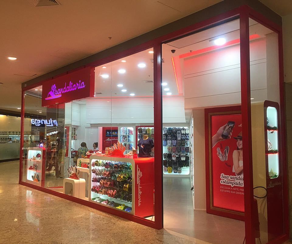 Sandaliaria inaugura sua loja Modelo